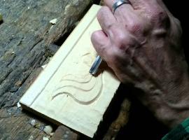 Jak wykonać płaskorzeźbę na drewnie