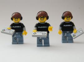 Jak zrobić zdjęcie figurek LEGO