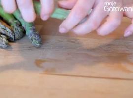 Jak obierać szparagi