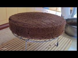 Jak zrobić biszkopt ciemny i puszysty (bez proszku do pieczenia)