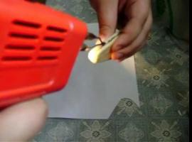 Jak zrobić naszyjnik z wypalanego drewna