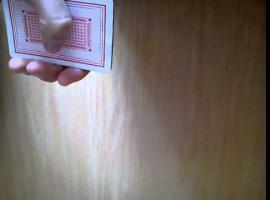 Jak wykonać łatwą sztuczkę karcianą