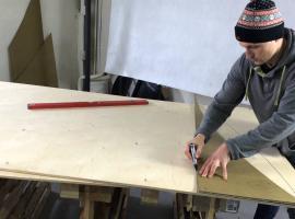 Jak zbudować drewniane wybicie z pudełka po rowerze