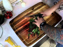 Jak zrobić chłodnik ze świeżych warzyw