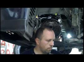 Jak wymienić sprzęgło w Toyota Corolla E12 (2006) 1.4