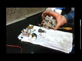 Jak wyczyścić gaźnik w silnikach 4t