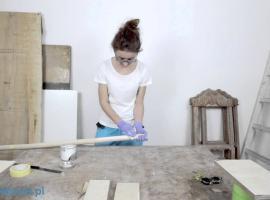 Jak zrobić wiszącą półkę na sznurku