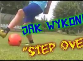 Jak wykonać Step over w piłce nożnej