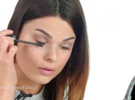 Jak wykonać rozświetlony makijaż Baby Face