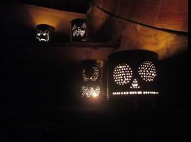 Jak zrobić lampiony z puszek na Halloween