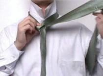 Jak zawiązać krawat w 10 sekund
