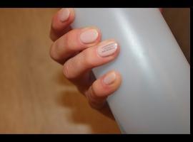 Jak pomalować paznokcie - wzór na każdą okazję
