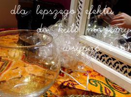 Jak zrobić szklaną kulę na Andrzejki lub Halloween