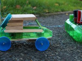 Jak zrobić sterowany samochód zabawkę z butelki