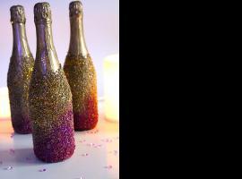 Jak ozdobić butelka szampana na sylwestra