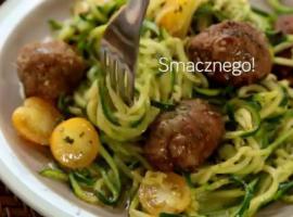 Jak zrobić bezglutenowe spaghetti z cukinii