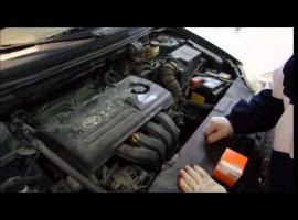 Jak wymienić olej i filtry w Toyota Corolla e12