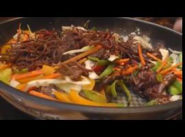 Jak przygotować extra wołowinkę z makaronem ryżowym