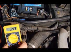 Jak naprawić alternator w Opel Tigra 1.6 z 1999 roku