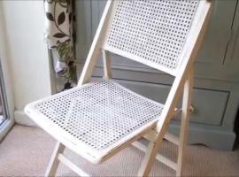 Jak odmalować stare krzesło drewniane