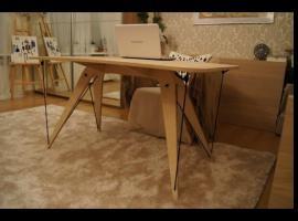 Jak zbudować biurko wzmocnione linami