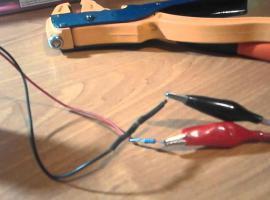 Jak zbudować prostą ładowarkę do baterii 9V