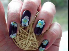 Jak zrobić wzorki na paznokciach - kwiaty
