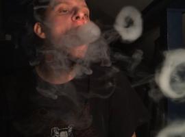 Jak robić kółka z dymu - krok po kroku