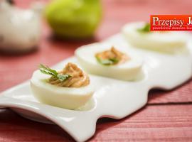 Jak zrobić jajka faszerowane pastą paprykową
