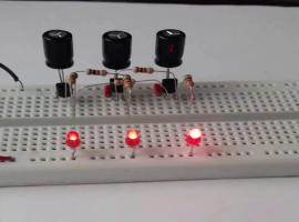 Jak zrobić multiwibrator tristabilny