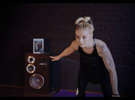 Jak zwiększyć swoją siłę w tańcu na rurze