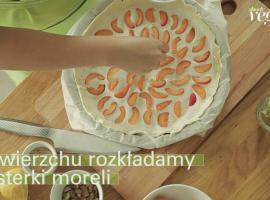 Jak zrobić domowe ciasto - tarta z morelami i tymiankiem