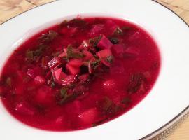 Jak przygotować letnią zupę - przepis na botwinkę
