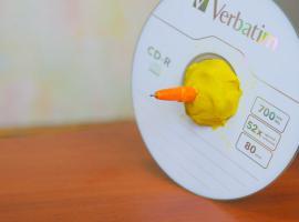 Jak zrobić bączka z płyty CD