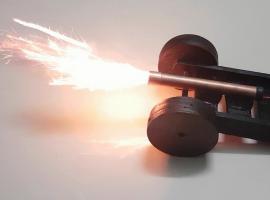 Jak zrobić mini armatę odpalaną za pomocą przycisku