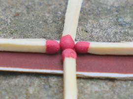 Jak wykonać trzy triki z zapałkami