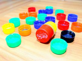 Jak wykorzystać plastikowe butelki - 4 ciekawe sposoby