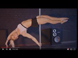 Jak tańczyć na rurze - figura Superwoman