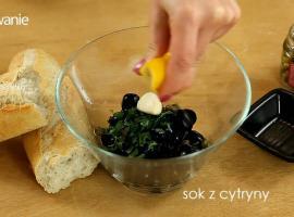 Jak zrobić pastę z czarnych oliwek