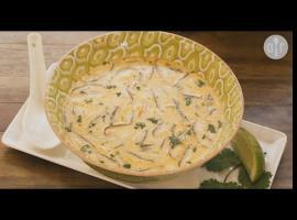 Jak przygotować danie po tajsku - zupa kokosowa z krewetkami