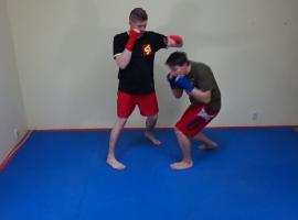 Jak trenować boks - unik rotacyjny