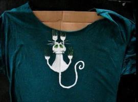 Jak namalować wzór na koszulce - śmieszny kotek