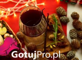 """Jak przygotować powalające grzane wino """"Pogromca Pasterek"""""""
