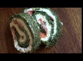 Jak przygotować roladę z łososiem i szpinakiem