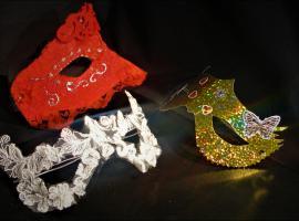 Jak zrobić świetne i proste maski karnawałowe