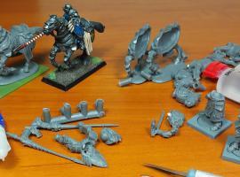 Jak sklejać figurki i modele zrobione z materiału Restic