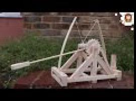 Jak zrobić katapultę na podstawie planów Leonardo Da Vinci