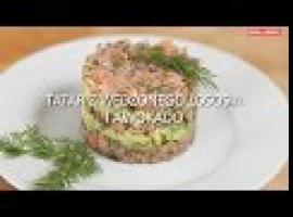 Jak zrobić tatar z łososia i awokado