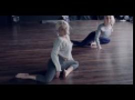 Jak opanować sztukę Pole Dance - floorwork dla początkujących