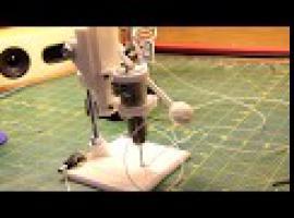 Jak zbudować mini wiertarkę stołową